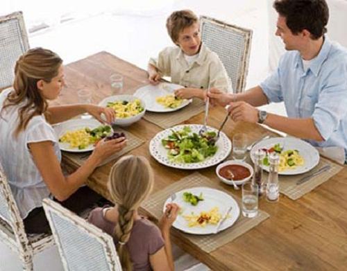 samen eten vs eten met aandacht